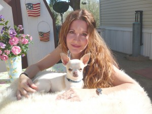 Contact Heidi's Historic Home & Pet Care for Phx Pet Sitting, Phx Dog Walking, Phx Dog Boarding, And Phx Doggie Day Care... Heidi was voted the #1 Pet Sitter in All of Arizona!